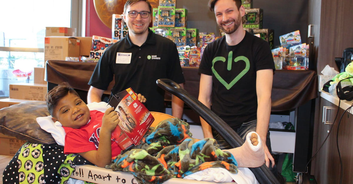 L'association caritative Gamechanger réconforte les enfants malades avec des jeux