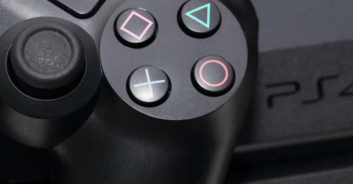 Le prototype de la manette de la PS5 semble avoir été divulgué par Cleaner