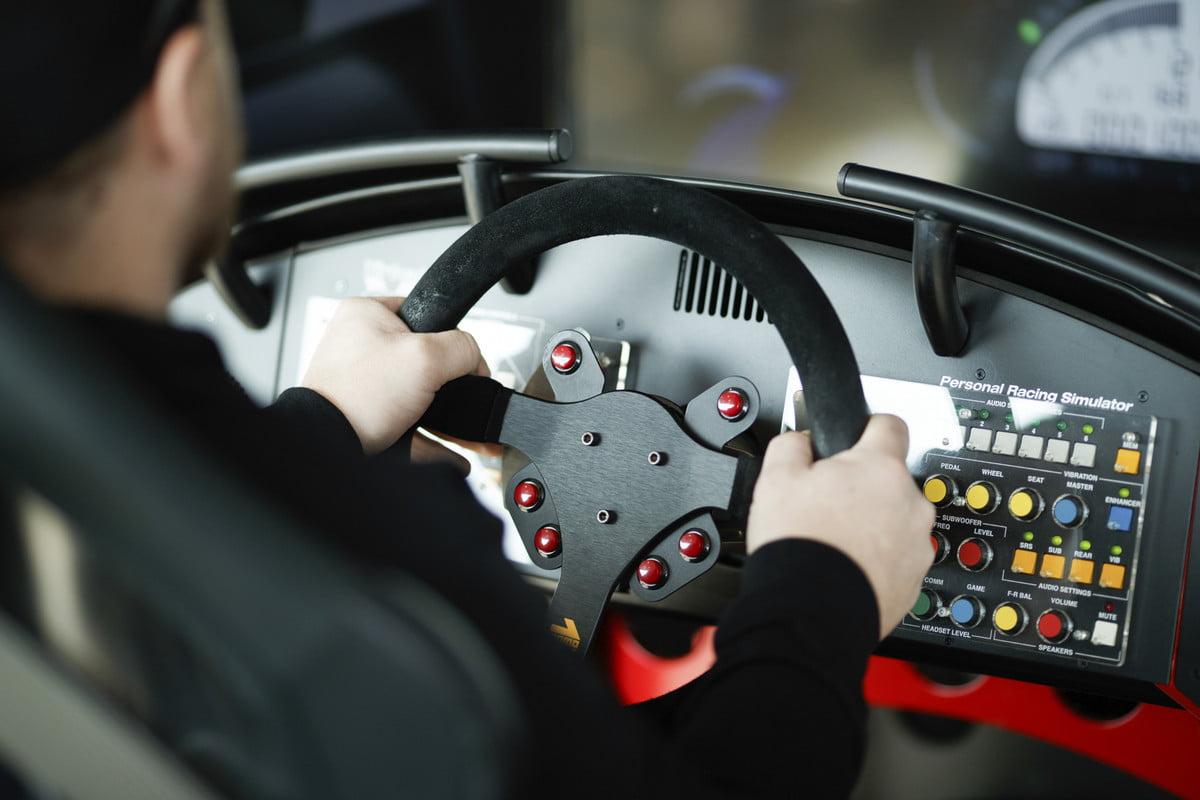 Mazda et le simulateur de conduite iRacing